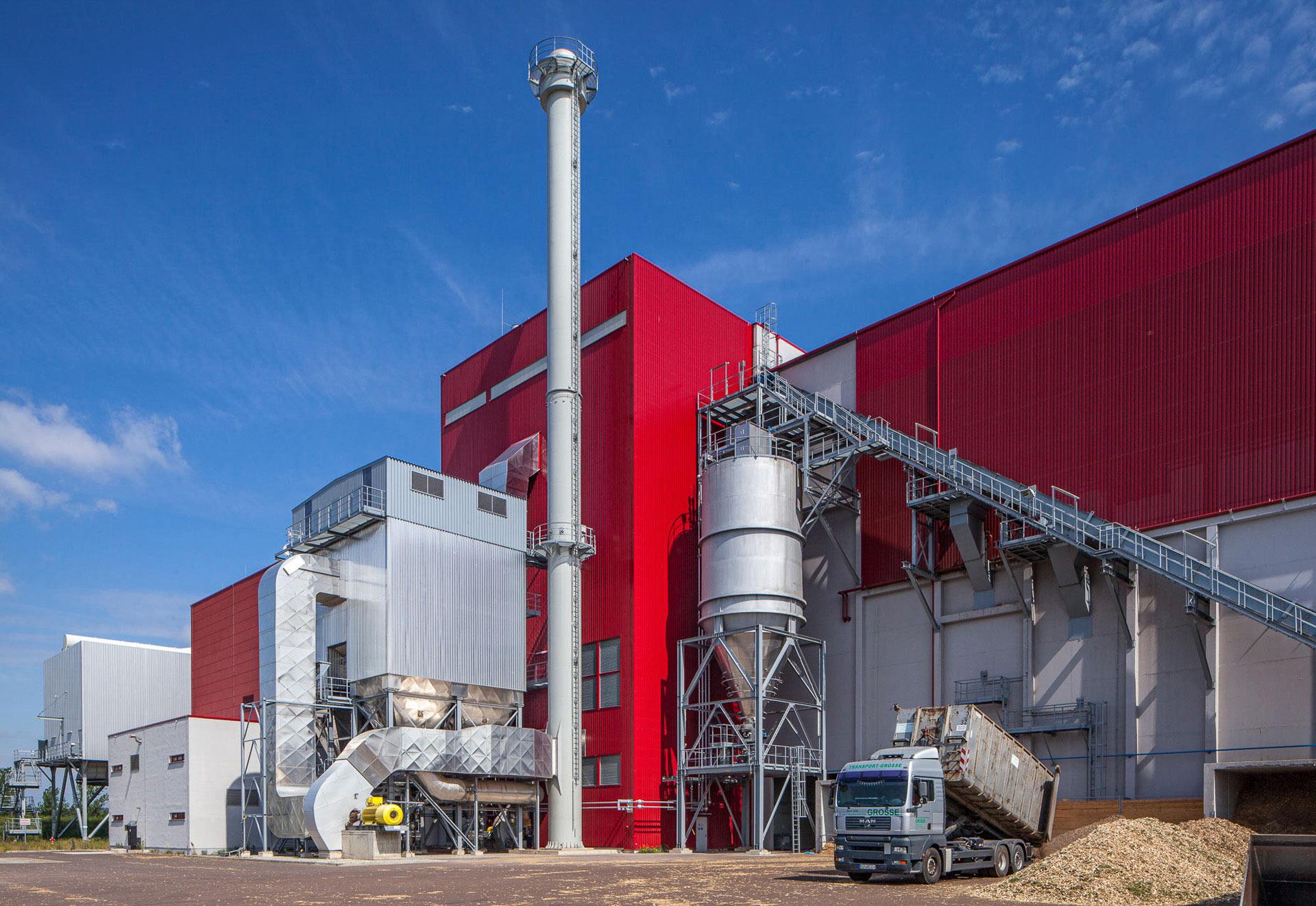 modernes_holzkraftwerk